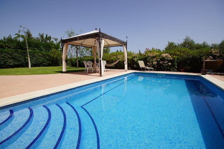 Catalunya Casas: Amazing villa for 9 guests in Tarragona, situated on a golf course!