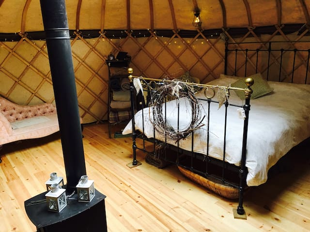 Off Grid, British made 18ft Yurt
