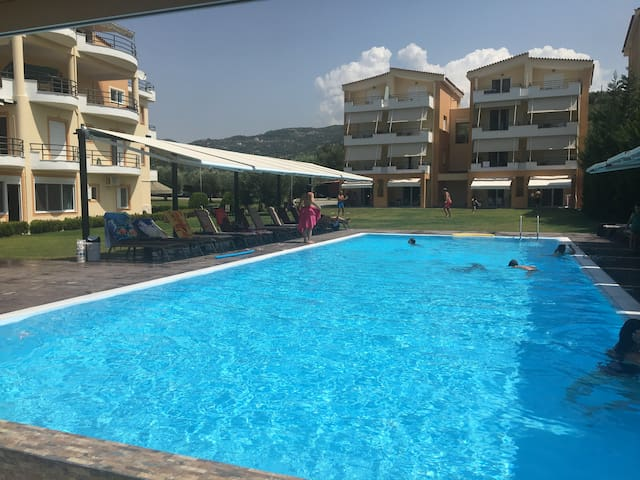 Anilio Plaza - Duplex, 2 Bedrooms (Split level)