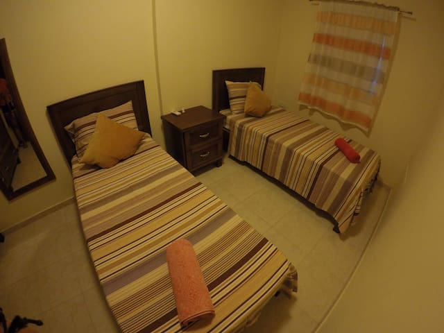 Shared female room in Malta I