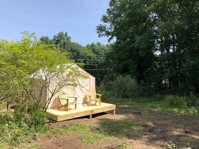 Meadow Retreat at Little Leaf Farm