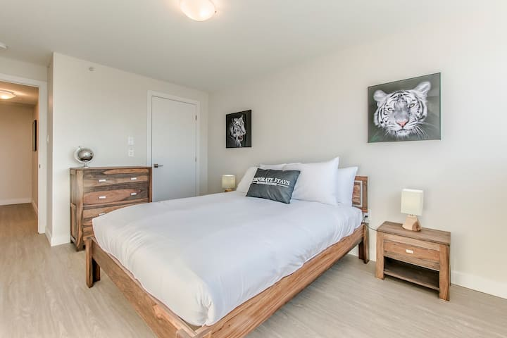 Corporate Stays | The Vuze | Modern 1BR