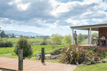 Peaceful eco-lodge near Abel Tasman