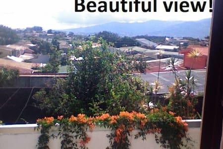 Beautiful furnished mini-apartment - Heredia - Lakás