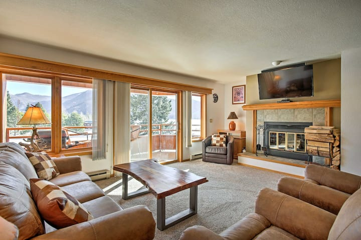 Cozy Condo on Shadow Mountain Lake w/Mountain View