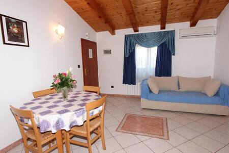 VILLA MARA One-Bedroom Apartment 6 - Rovinj - Huoneisto