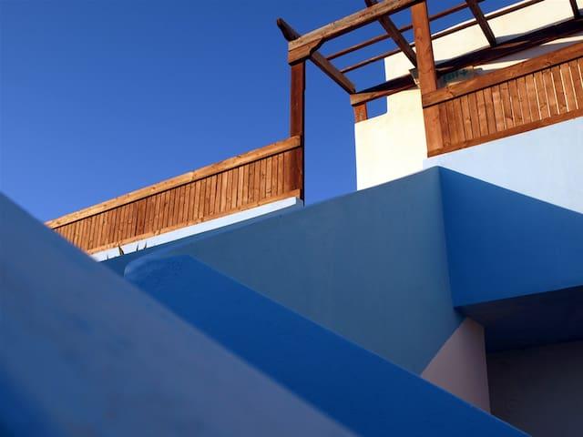 Blue Lagoon Studios - Afiartis