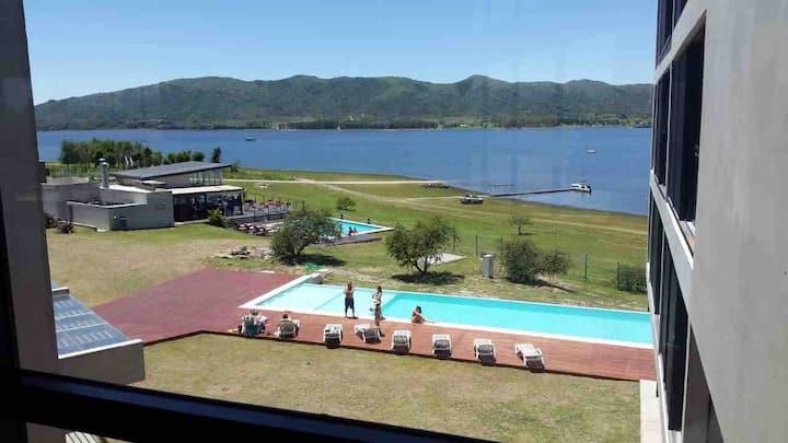 Casa en Country Puerto del aguila Lago los molinos