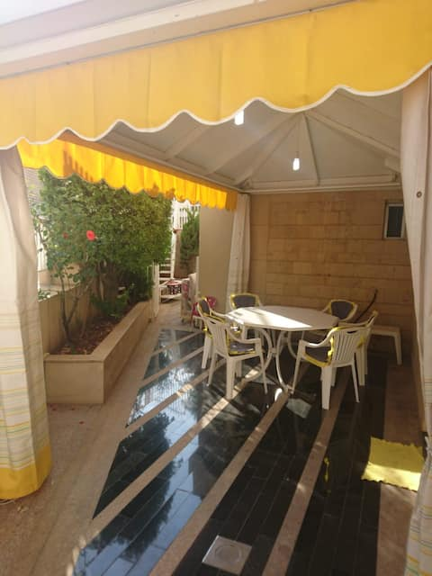 Kleiat Cozy Studio with terrace