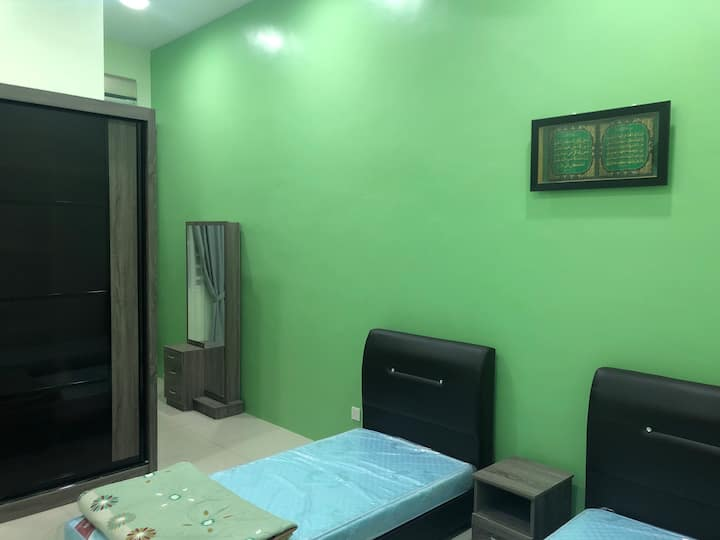 Private Room Free Wifi, 15minutes to Alor Setar