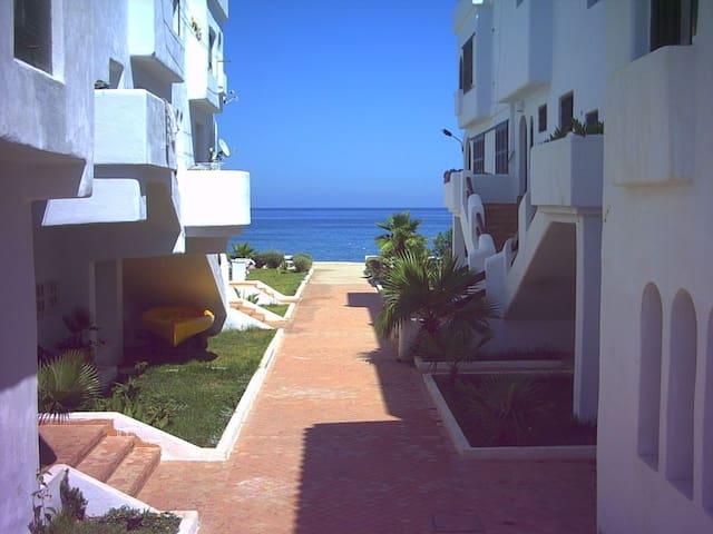 Strandappartement te huur direct a/h strand - Fnideq - Apartemen