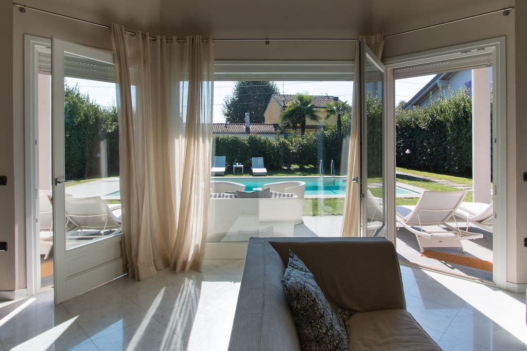 living room overlooking the pool