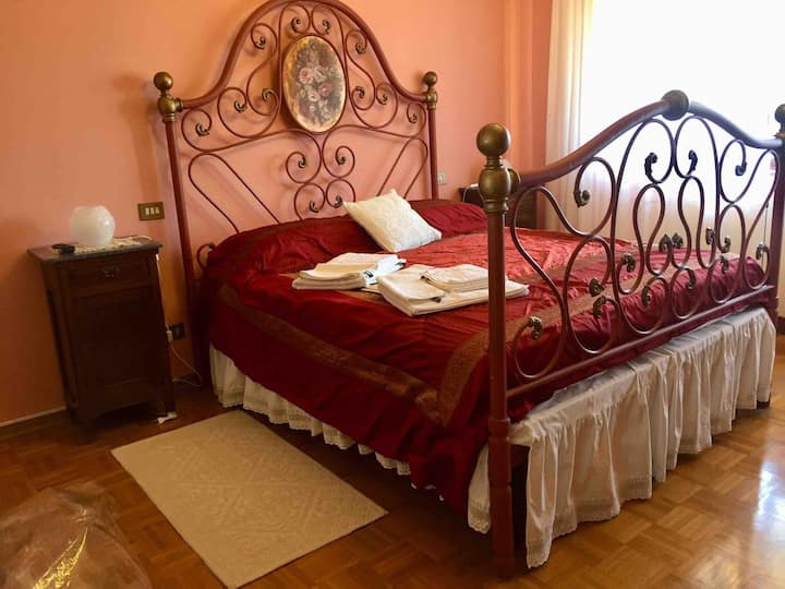 Casa Lucia: Pink Room