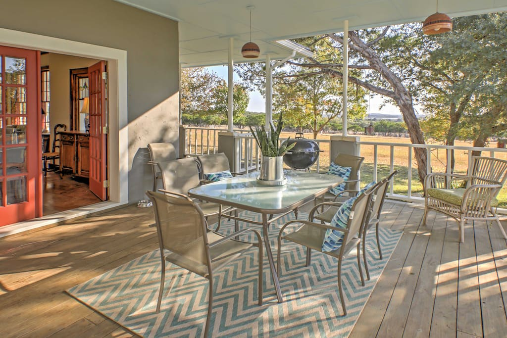 Enjoy home-cooked meals outside on the private porch.