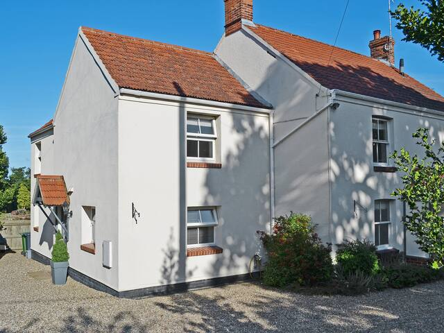 Willow Cottage (W43900)
