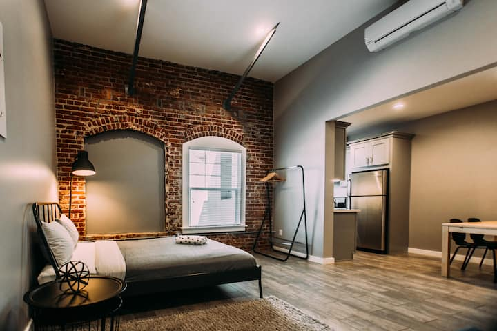 Large loft studio in Hollywood