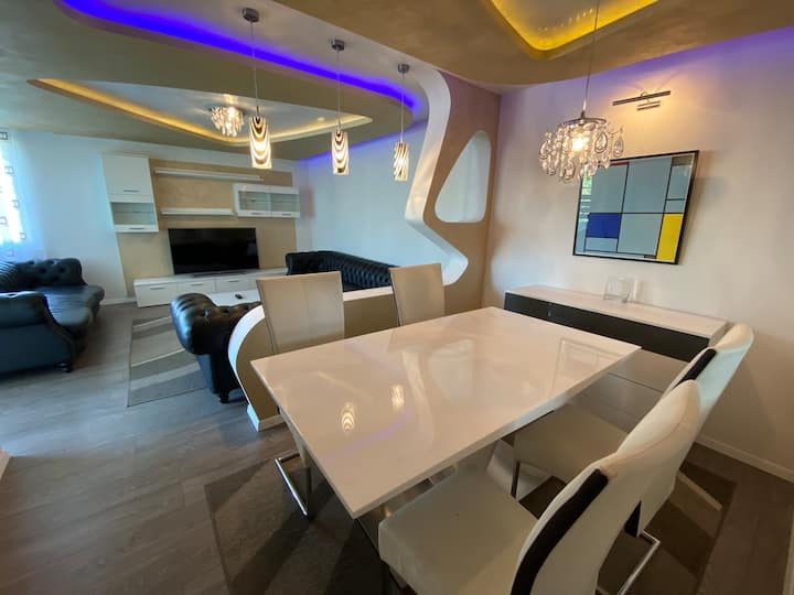 Fully furnished Design Apartment with parking