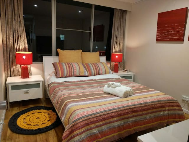 1BR: Location, comfort and views - Griffith - Appartement