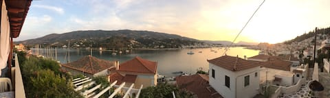 Petros and Kate's apartment in Poros-amazing view