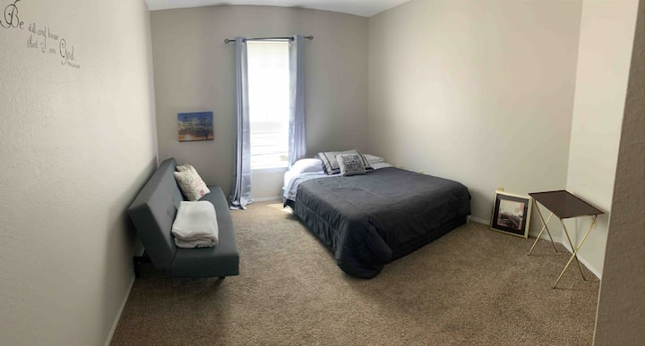 Gorgeous And Clean New Condo For Rent