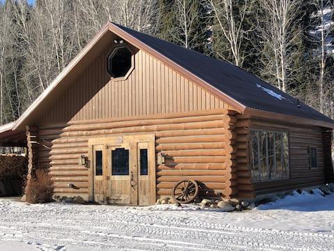 Creek Side Cottage at Reimel Creek Ranch