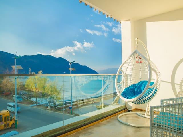 洱海海鸥季,两晚免费接机/含早,绿水90度海景家庭房
