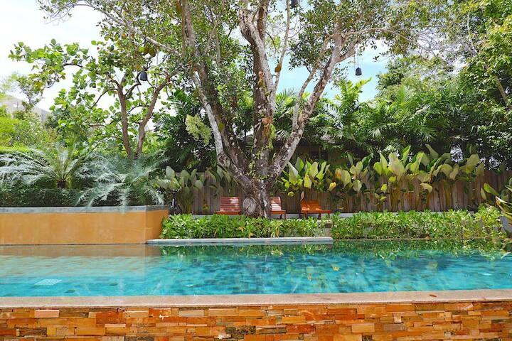 Treetops Pool Villa · Villa Treetop · SAMSAM Yao Noi - 3BR Seaview Pool Treetop Villa