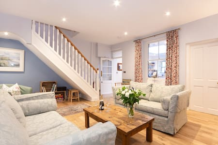 Northumberland Coastal Cottage - Alnmouth sleeps 5
