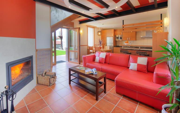 Apartamento dúplex con jardín y chimenea - Navarra
