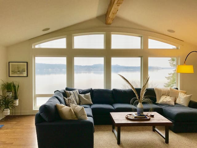 Luxurious Puget Sound View Home - Gig Harbor - House