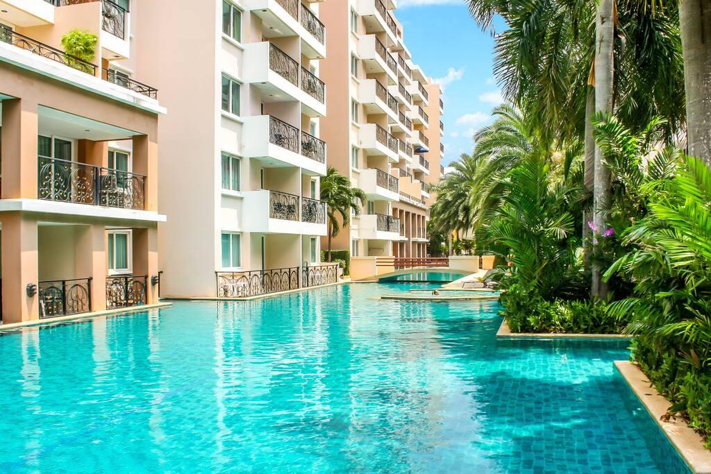 Paradise park condominium gastesuiten zur miete in muang for Katzennetz balkon mit hotel pattaya garden thailand