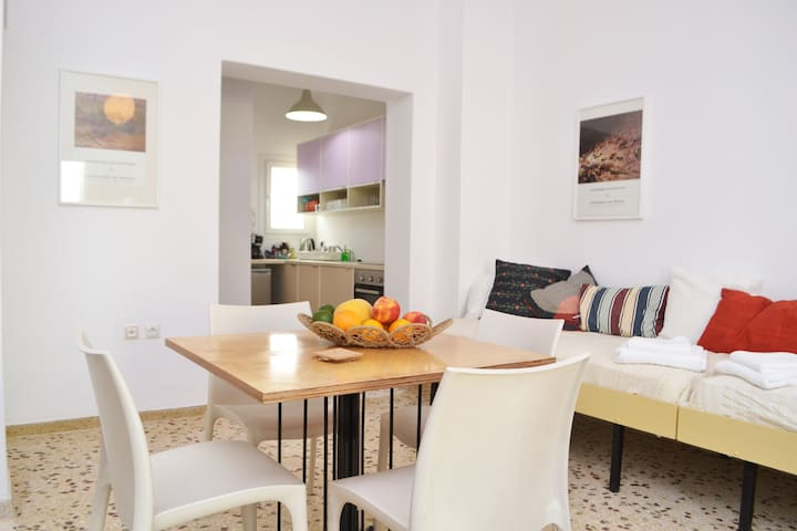 "Carte Postale ""Olive Green"" Apartment for Four - Gavrio - Leilighet"