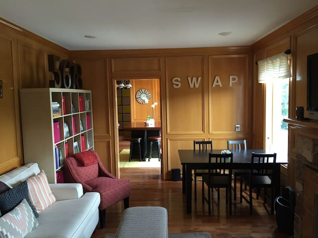 Stay Cool in HOT Austin Loft Space   Austin   Loft. Top 20 Austin  TX Vacation Rentals  Vacation Homes   Condo Rentals