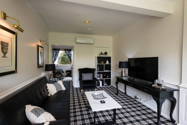 Battery Point Boutique Accommodation Apt1