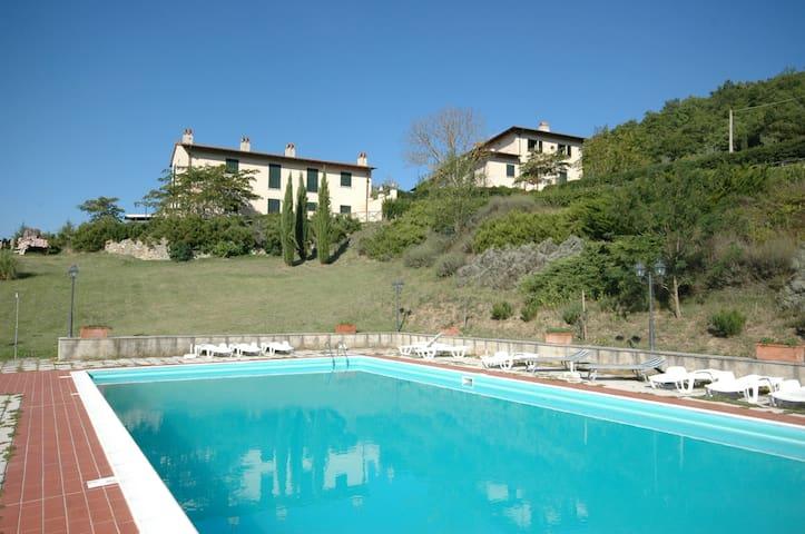 Rimaggio - Rimaggio 1, sleeps 3 guests in Dicomano - Dicomano