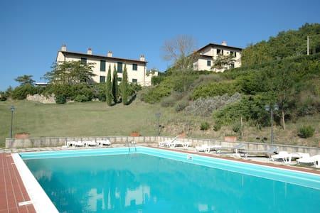 Rimaggio - Rimaggio 1, sleeps 3 guests in Dicomano - Dicomano - Lejlighed