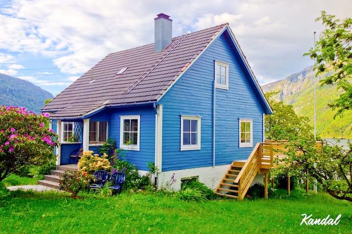 Sølvane Gard - Landlig idyll, nydelig utsikt for 8
