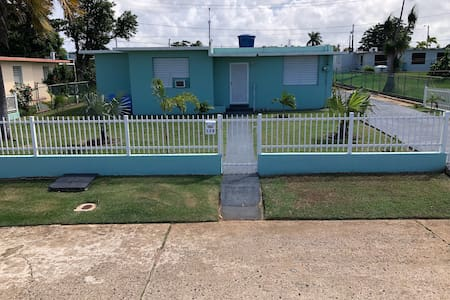 Aguadilla Ramey House 5 minutes to Surfers Beach.