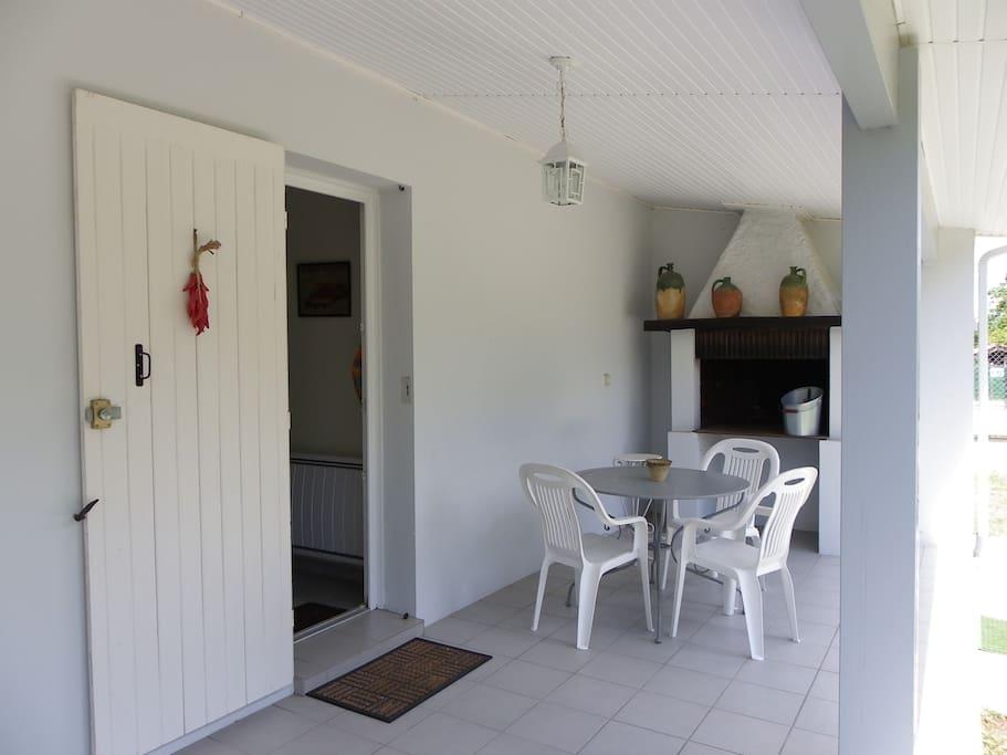 terrasse avec bbq