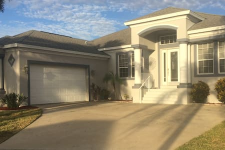 Beautiful Vacation Home in Tampa Bay - Apollo Beach
