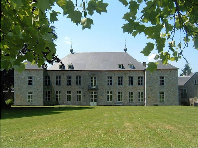 Chateau Alois - Ciney