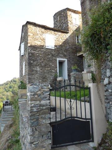 Maison de caractère à San Nicolao - San Nicolao - บ้าน