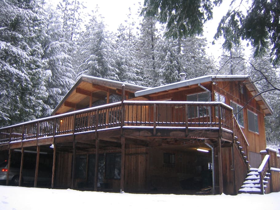 Luxury Cedar Cabin On 5 Acres Cabins For Rent In