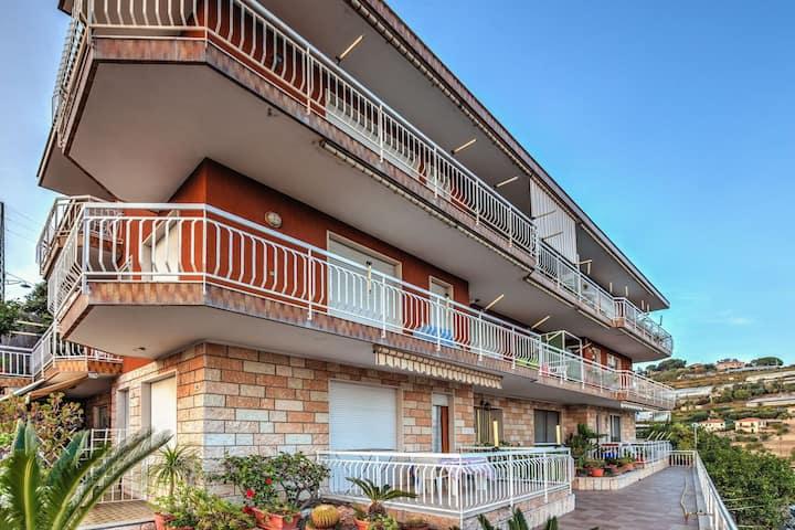 Luminoso appartamento a Sanremo