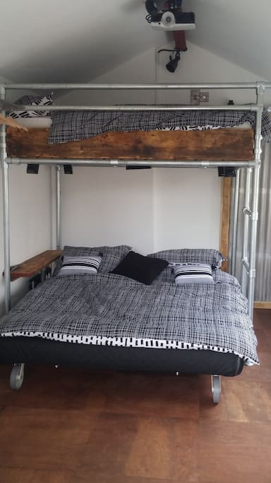 Sofa bed allows the studio to comfortably sleep 4 or caters for those who don't like heights.