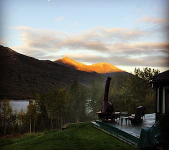 BNB with Amazing Mountain View - Eagle River