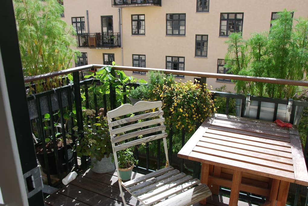 Balcony with acces from kitchen