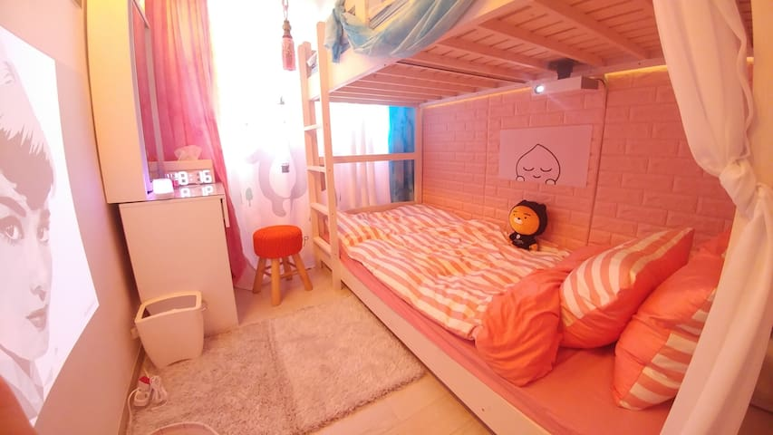 NEW1♥[Open SALE]HONGDAE MIRACLE HOUSE♡BEST LOCTION
