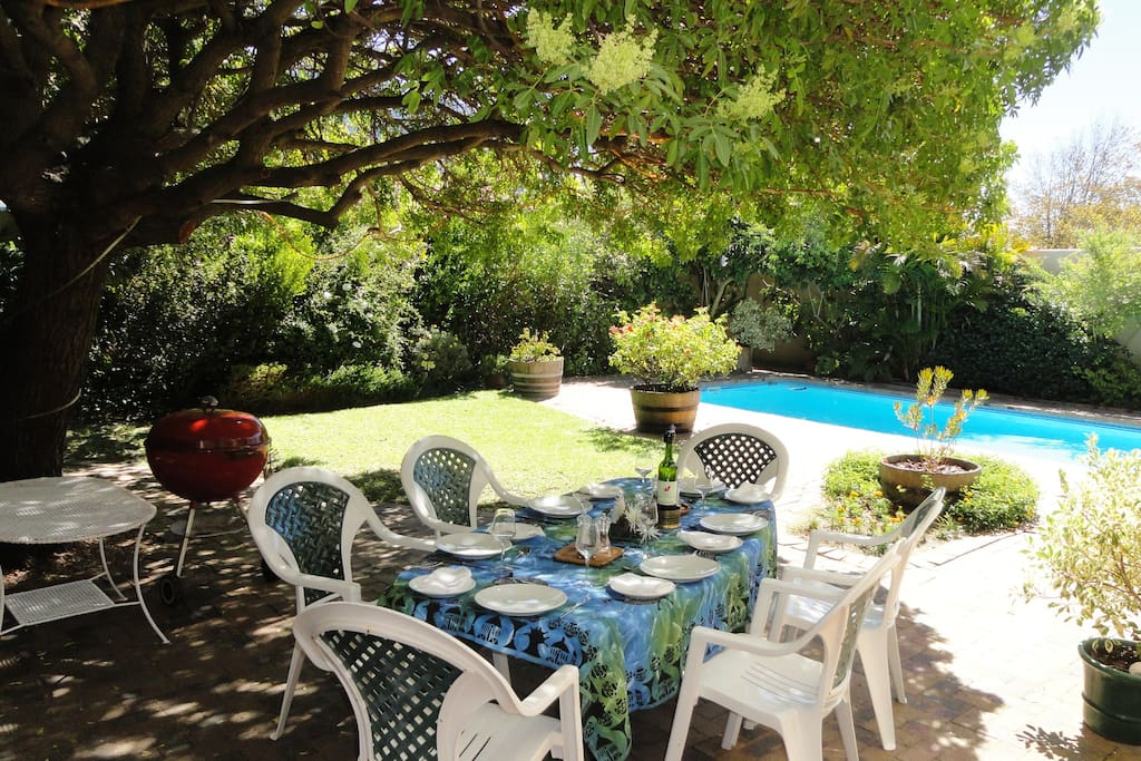 A perfect place for alfresco dinners by the pool.
