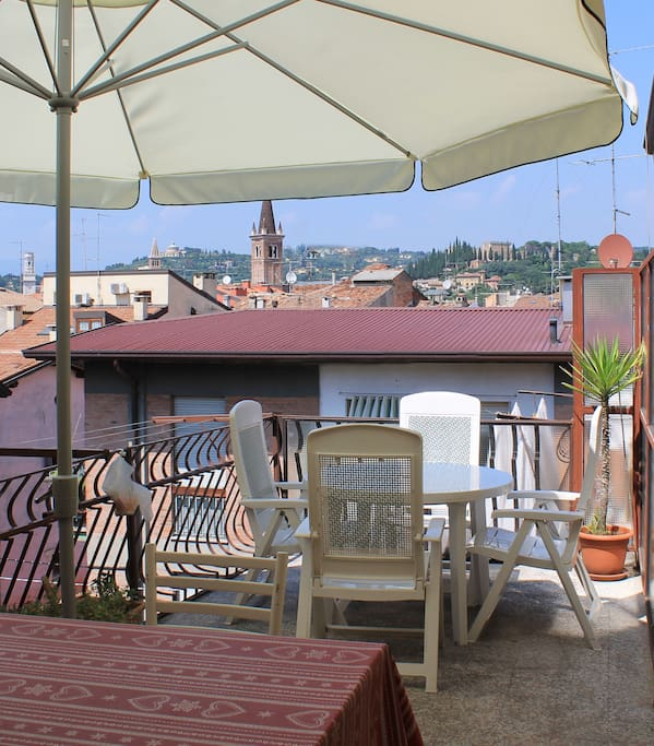 Huge Terrace to have breakfast and to chill out anytime during the day/evening